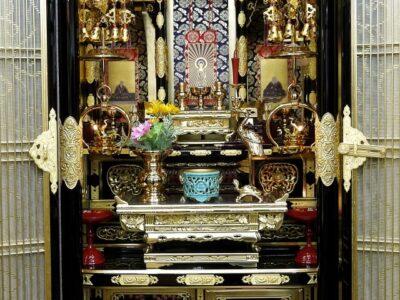 豪華な仏壇