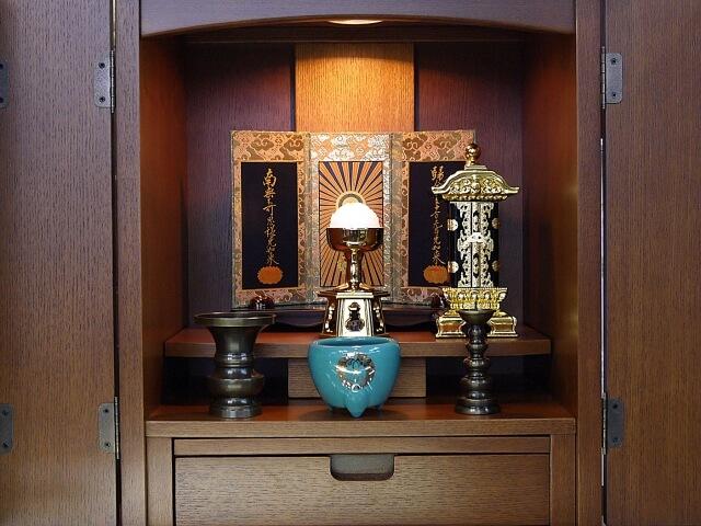 仏壇をコンパクトにしたい!おしゃれな仏壇にしよう!購入前に知っておきたいことも解説